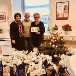 Lokale løver gav juleposer til 33 familier